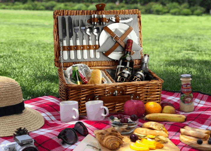 Best Luxury Picnic Baskets 2020